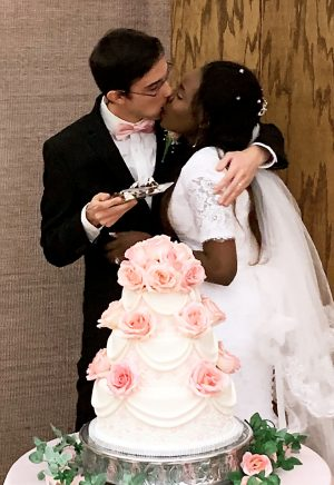 cake and kissing