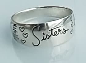 Sisters ring