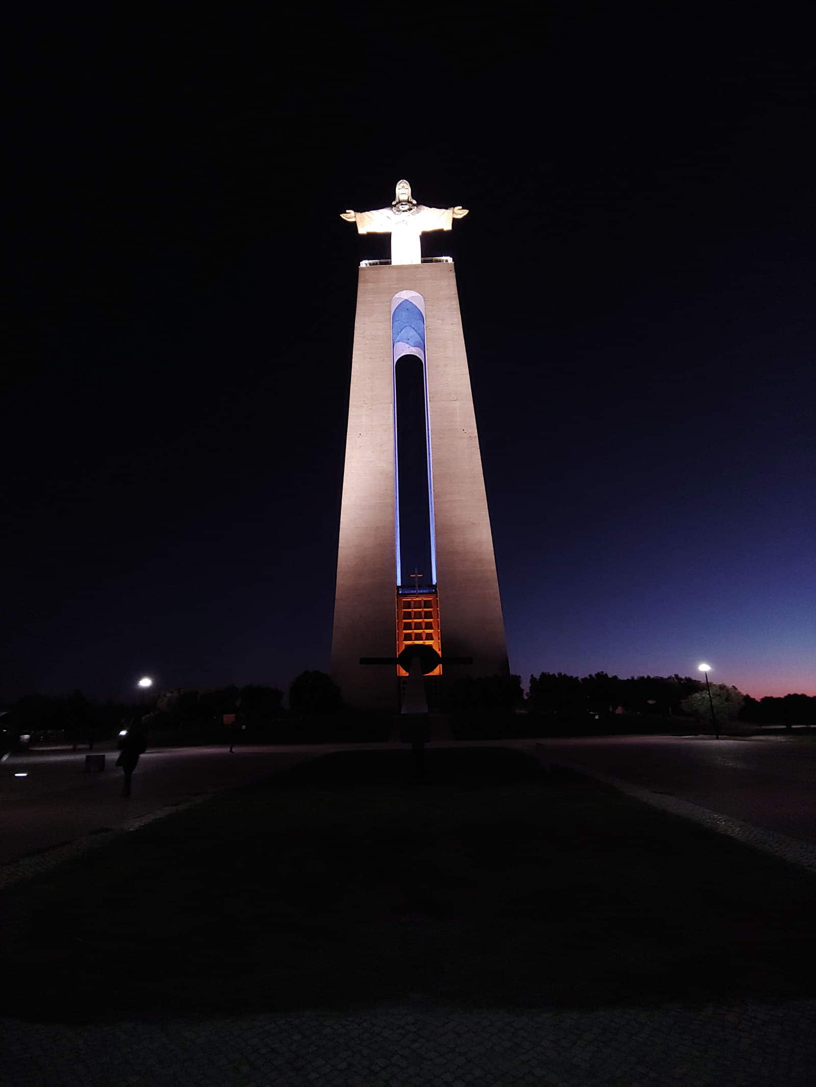 Night at Cristo Rei