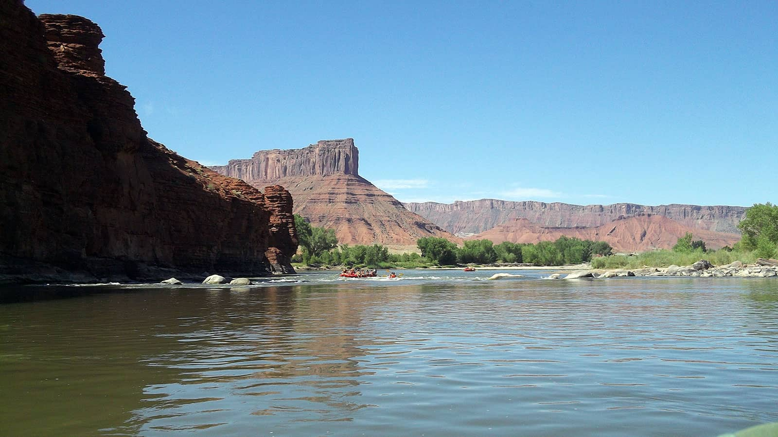 Rafting on the Colorado River2