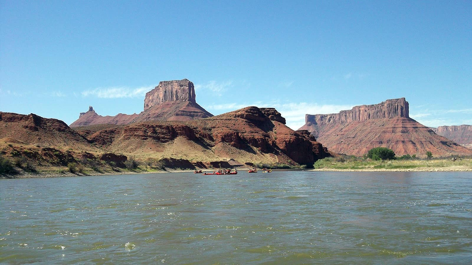 Rafting on the Colorado River 1